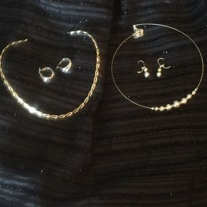 Jewelry - Sets of 2 necklaces and 2 earrings